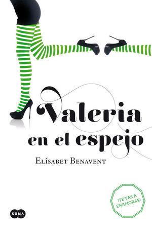 VALERIA EN EL ESPEJO (2)